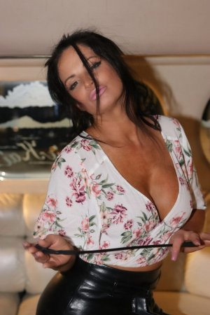 Sybil independent escorts in Woodmere