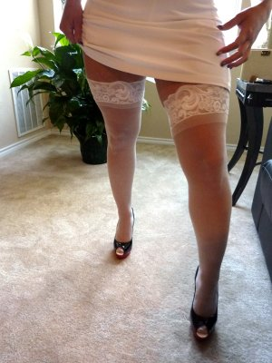 Myrna outcall escort in Roseville MI