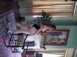 Melicia live escort in Old Jamestown MO
